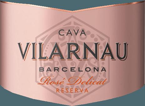 ElCava Brut Reserva Rosado de Vilarnau, en la región vinícola española de Cataluña, se elabora a partir de las variedades de uva Trepat (85%) y Pinot Noir (15%): un cava maravillosamente elegante y jugoso. En la copa, este vino espumoso brilla con un brillante color rosa frambuesa con matices rosados. El perlaje se eleva en finos y persistentes hilos de perlas. El potente aroma está dominado por las frutas rojas maduras, especialmente la grosella, la frambuesa y las cerezas. El paladar también muestra la riqueza de la fruta maravillosamente jugosa y se acompaña de notas de brioche. El equilibrio entre el dulzor muy discreto y la acidez fresca está perfectamente equilibrado. Vinificación delVilarnauCava Brut Reserva Rosado La vendimia de las uvas (Trepat y Pinot Noir) comienza en septiembre. Una vez que la uva llega a la bodega de Vilarnau, el mosto se fermenta primero en depósitos de acero inoxidable. A continuación, comienza la segunda fermentación tradicional en botella. Este vino madura en botella durante al menos 9 meses. Finalmente, este cava se degüella y puede salir de la bodega de Vilarnau. Recomendación de comida para el Cava Rosado Brut Reserva Vilarnau Este vino espumoso de España es un aperitivo maravillosamente refrescante. O sirva este cava con variaciones de tapas picantes y clásicos de la pizza italiana.