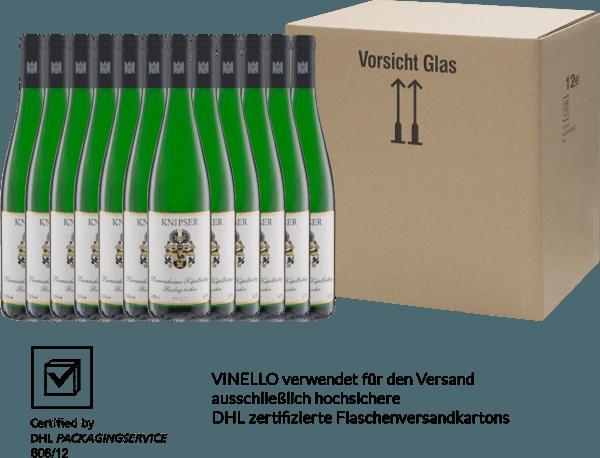 El Laumersheimer Kapellenberg Riesling de Knipser es un vino blanco del Palatinado maravillosamente intenso. Las frutas exóticas y la maravillosa mineralidad armonizan perfectamente con la filigrana de la acidez y la encantadora y suave textura. Disfrute de este vino blanco alemán ahora en nuestro pack de 12 unidades. Puede encontrar más información sobre este vino de Alemania en el artículo individual del Knipser Riesling Laumersheimer Kapellenberg.